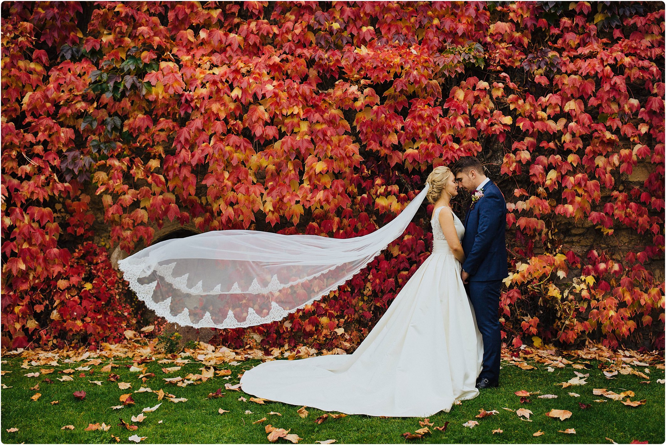 notley abbey wedding autumn couple shot