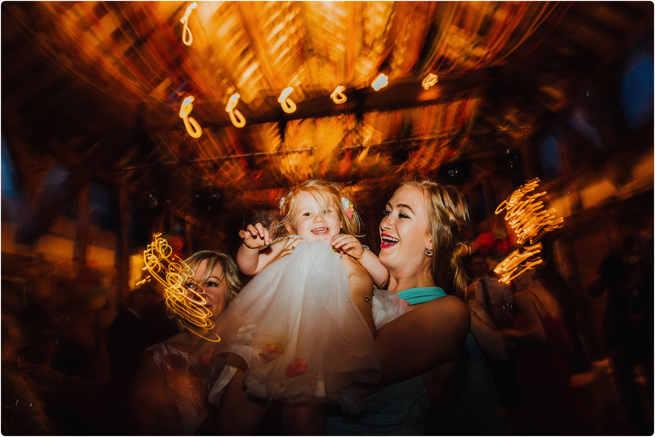 Treadam Barn Wedding dancing