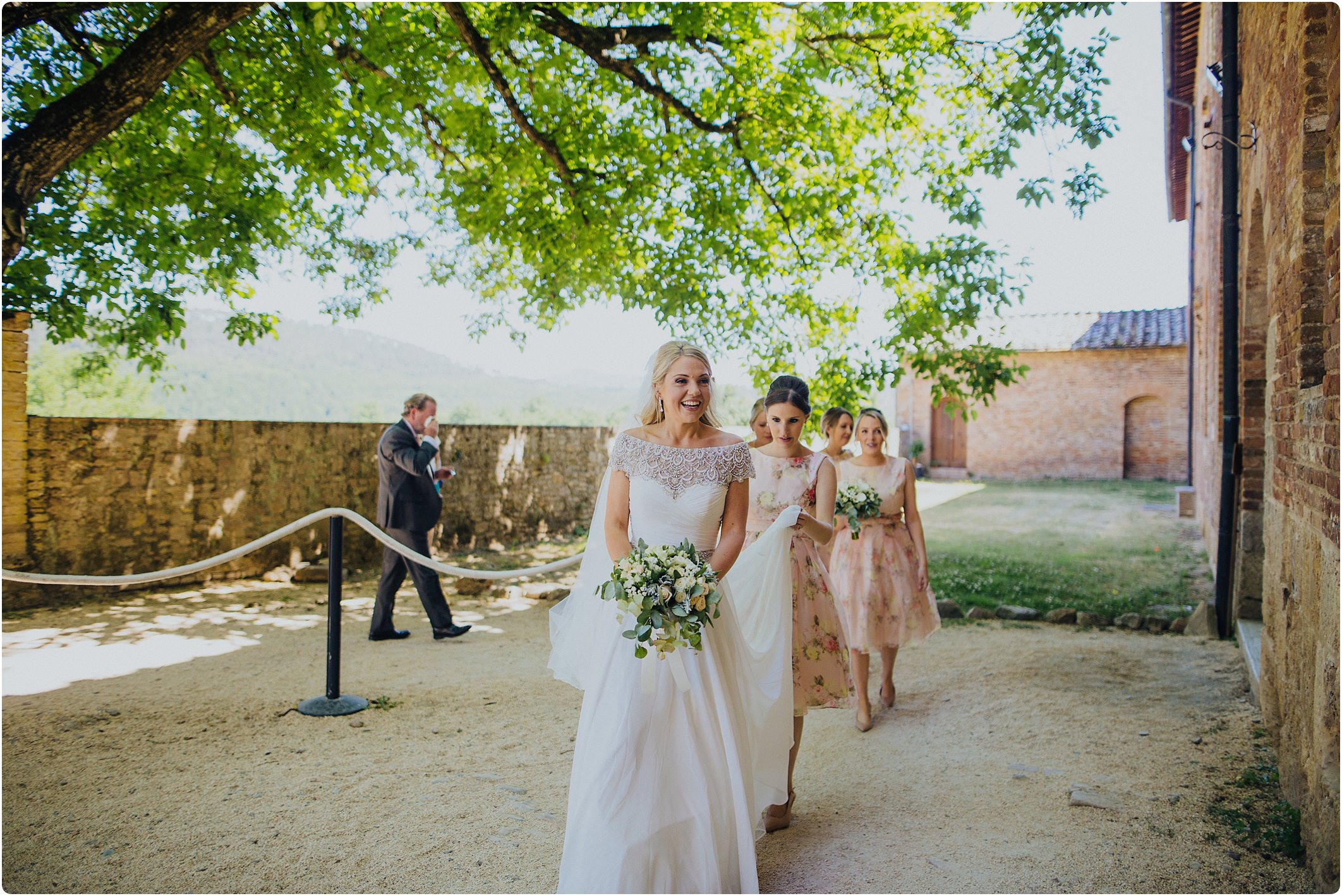 bride arriving at a san galgano abbey wedding