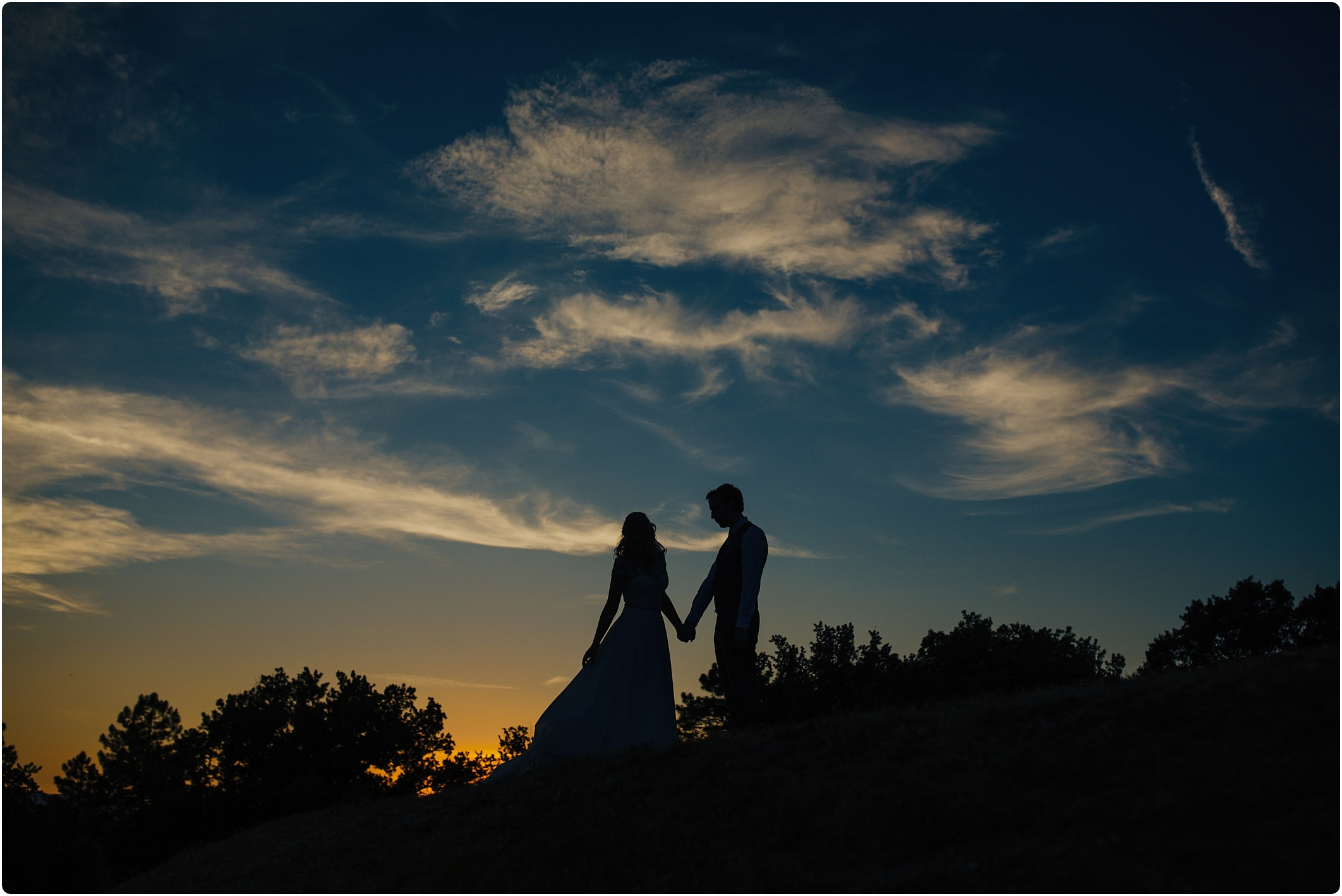 silhouette of bride and groom at a villa podernovo wedding