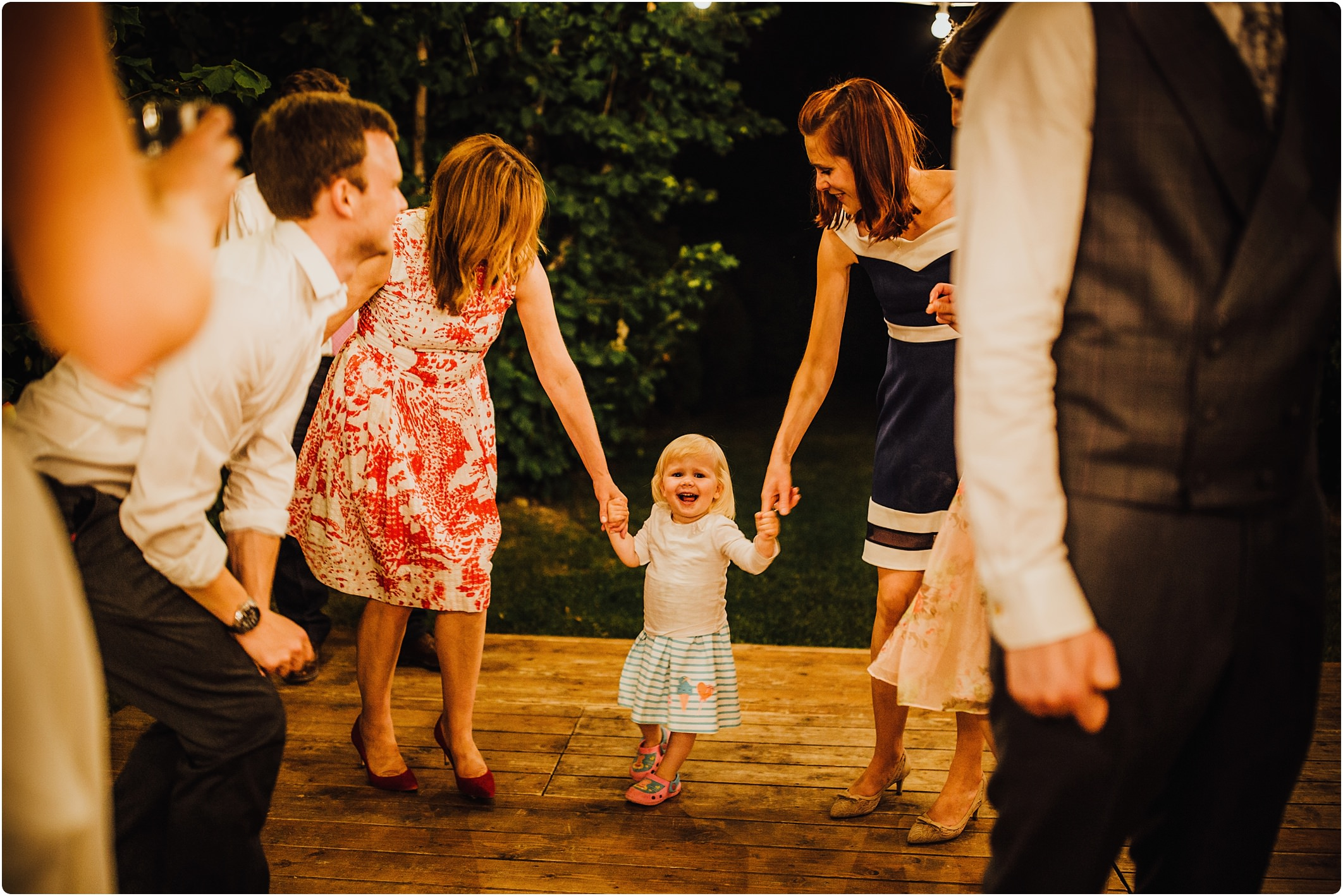 kids on the dance floor at a tuscan wedding