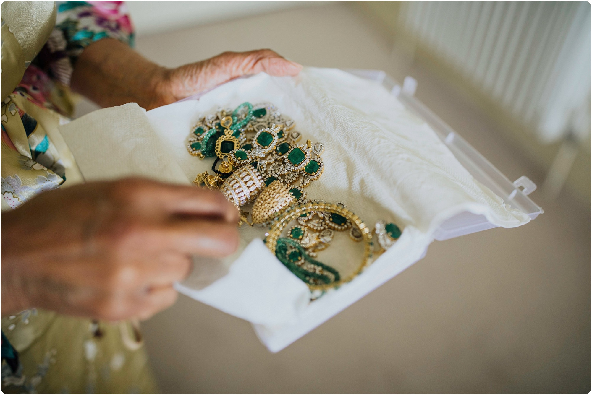 emerald jewellery at an Elmore Court Indian Wedding