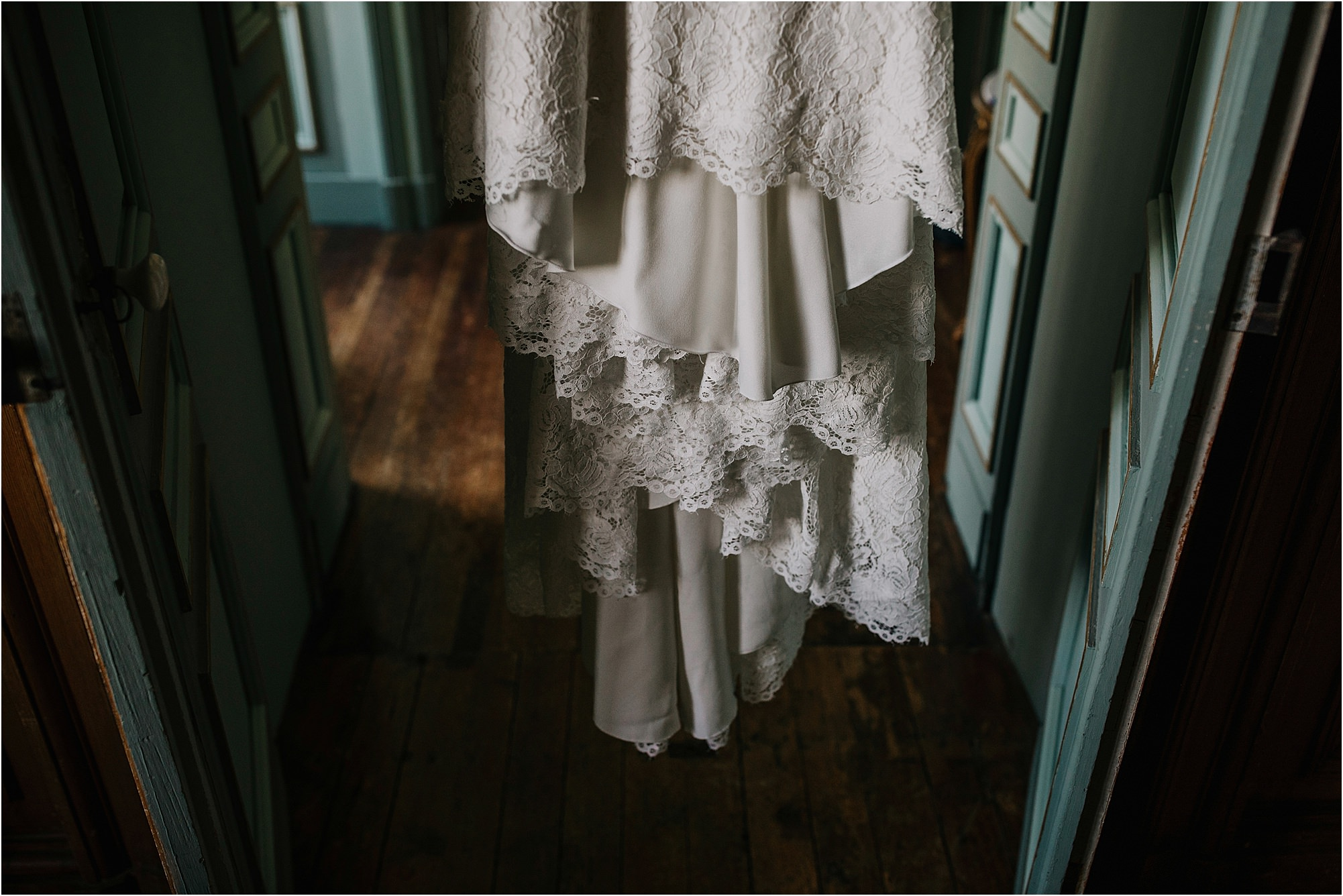 pronovias wedding dress at a chateau la durantie wedding