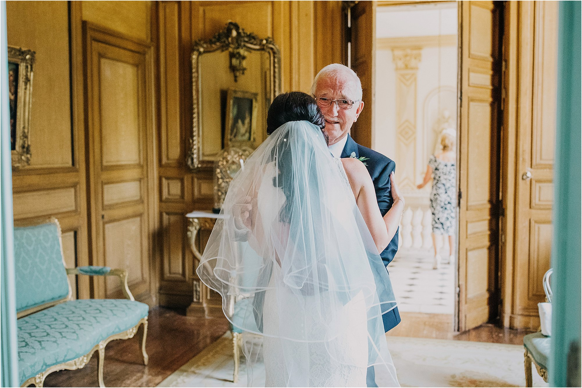 father of bride seeing bride for first time at a chateau la durantie wedding
