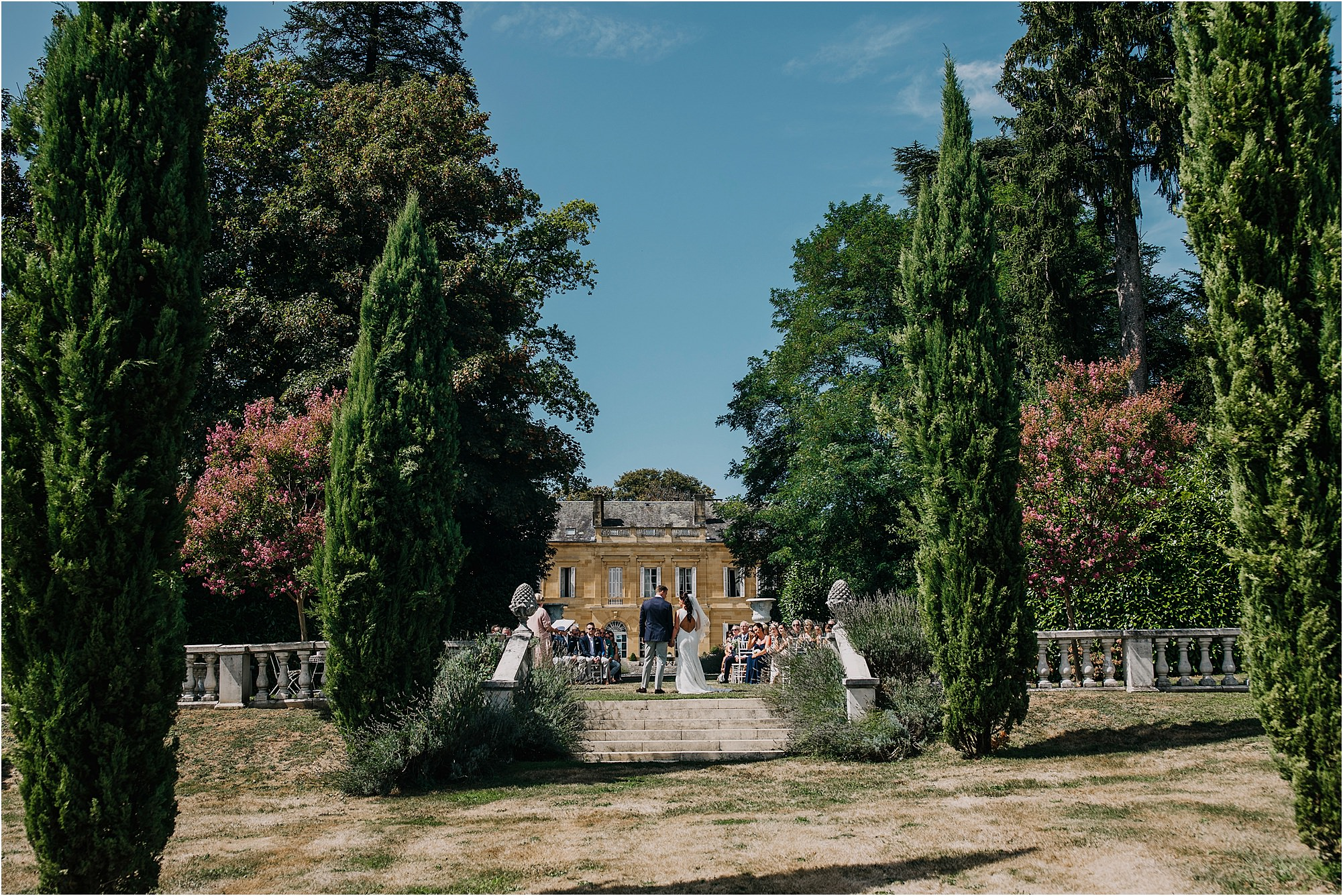 looking towards the house during an outdoor chateau la durantie wedding