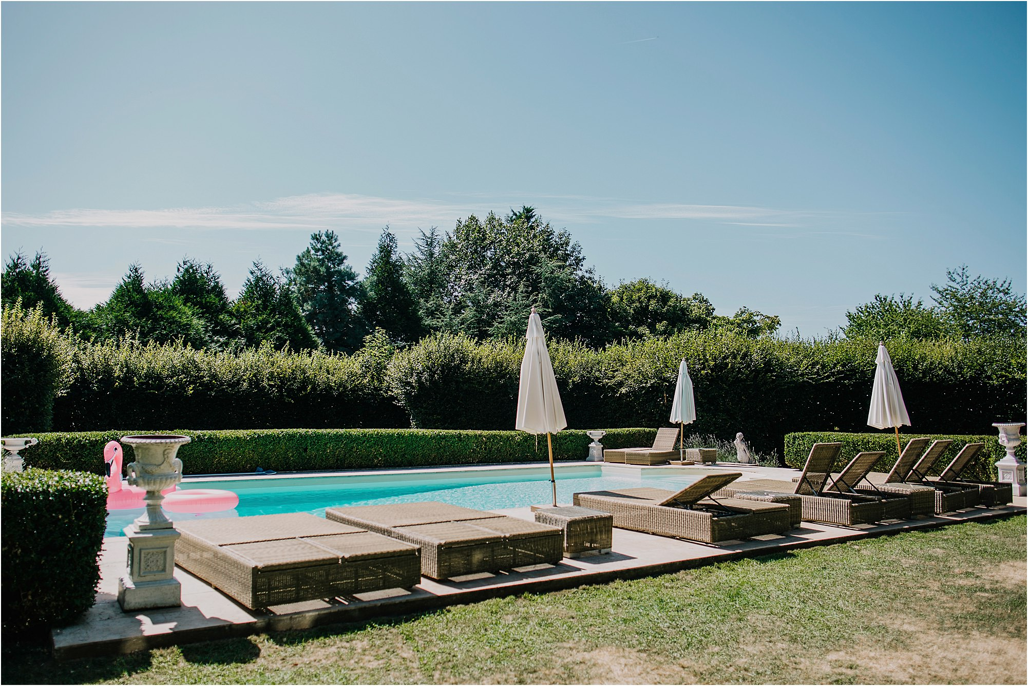 the swimming pool at chateau la durantie