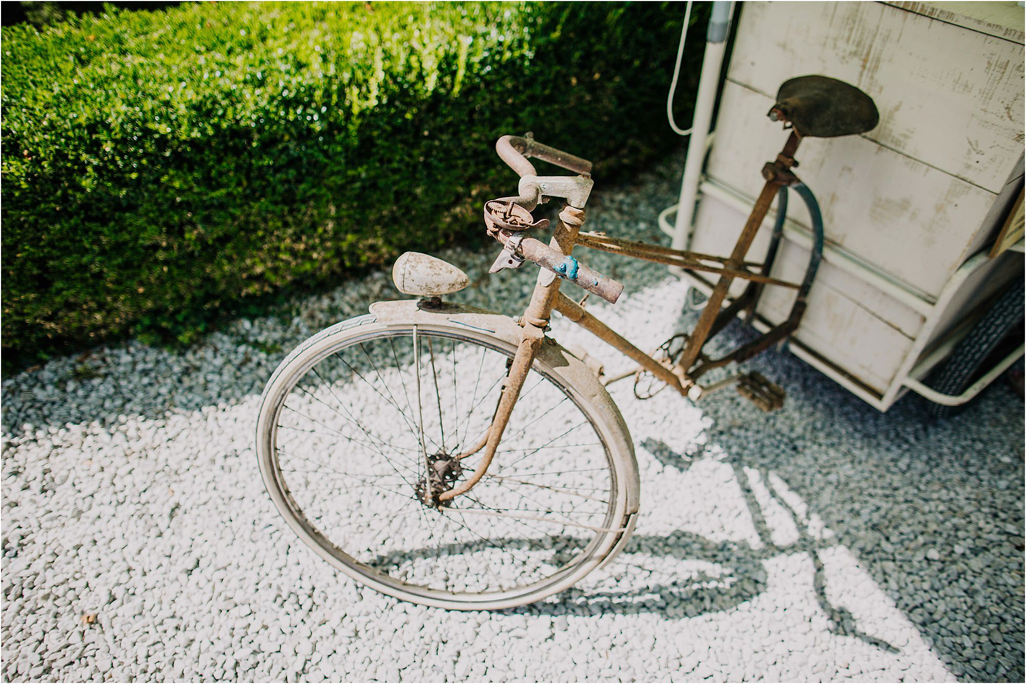 old Ice cream bike at a chateau la durantie wedding