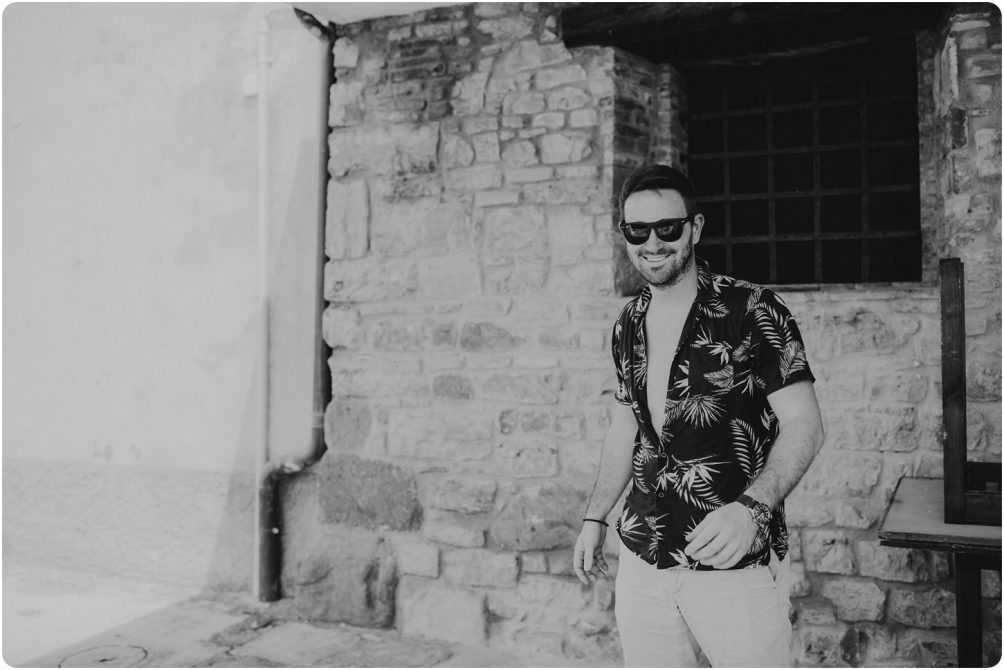 black and white of groom pre wedding