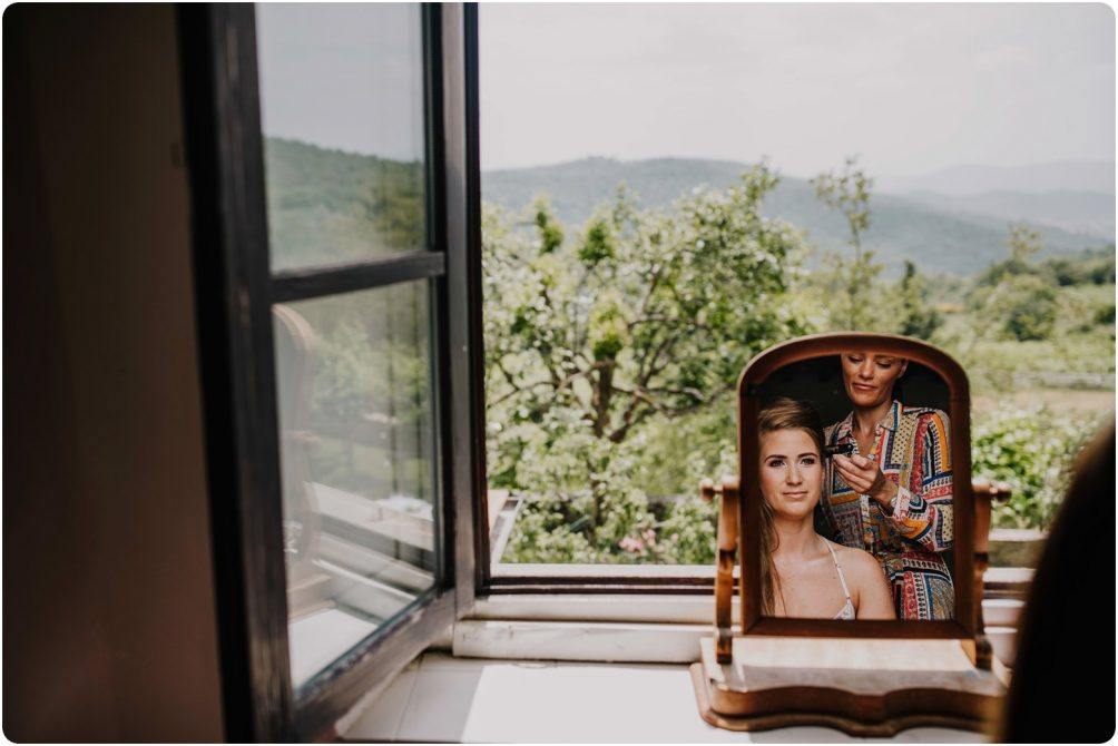 bride having hair done in window montelucci country resort