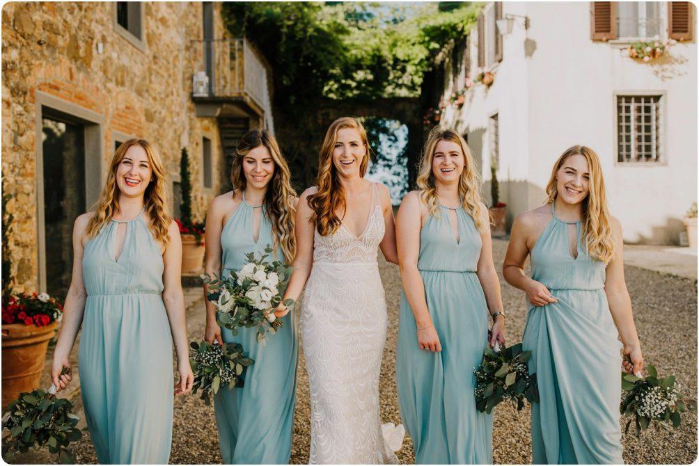 bride and bridesmaids montelucci weddnig