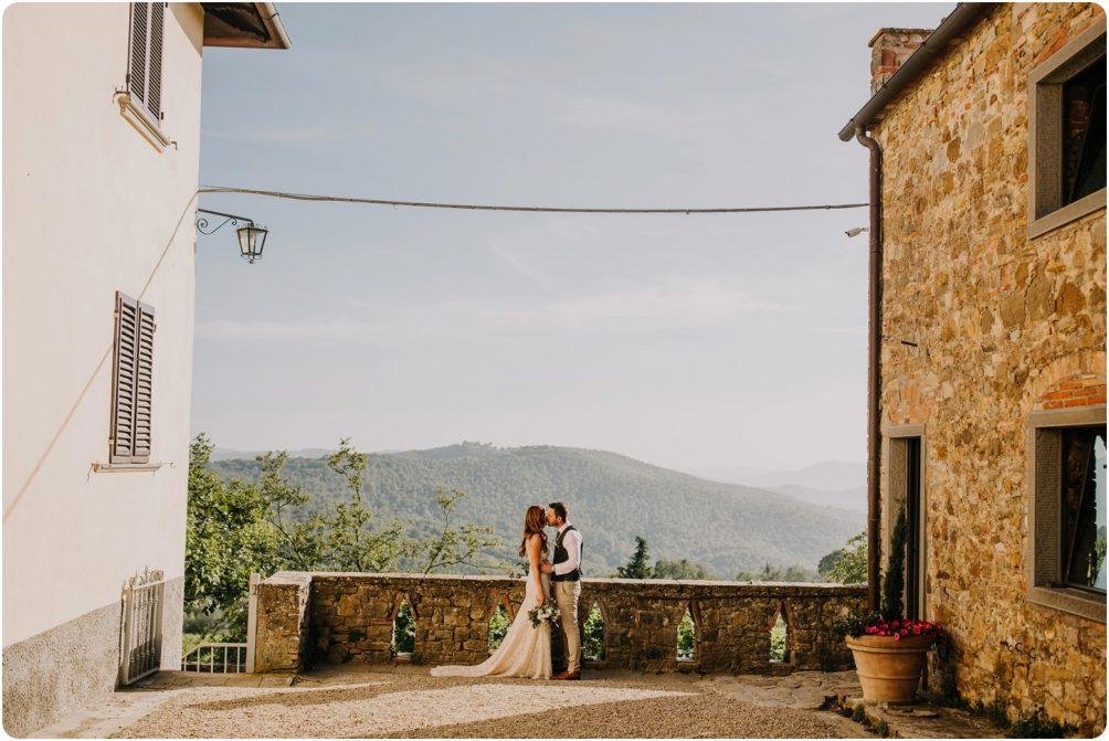 couple shote montelucci wedding